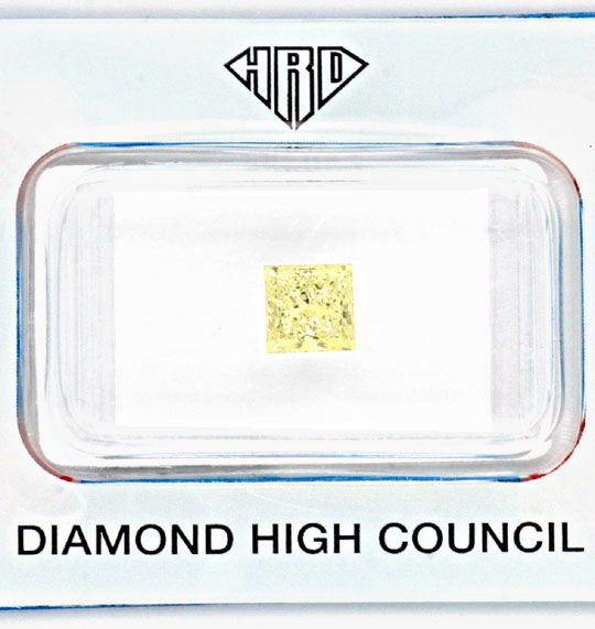 Foto 2, Natural Fancy Yellow Colour Princess Diamant 1,03ct HRD, D5152