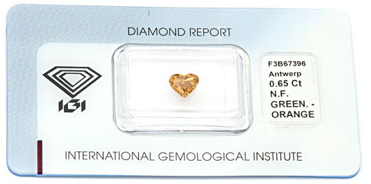 Foto 1, Herzdiamant 0,65ct Natural Fancy Greenish Orange Juwel!, D5696