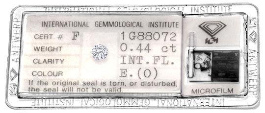Foto 1, Diamant 0,44 Carat IGI-Expertise Lupenrein River Juwel!, D5917