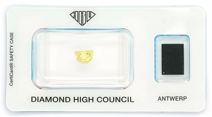 Foto 1, Diamant 0,72ct Fancy Yellow Zitrone Shield-Schliff, HRD, D6666