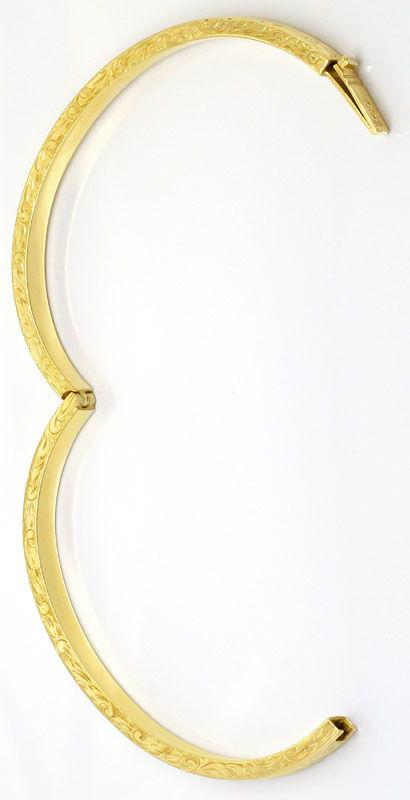 Foto 3, Gold Armreif Alt mit schönen Floralen Gravuren Gelbgold, K2567