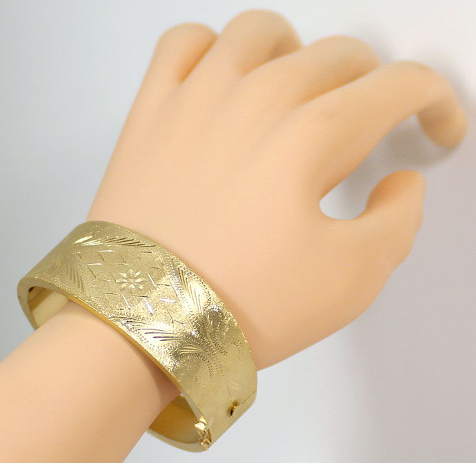 Foto 6, Gelbgold Armreif Handarbeit mit tollem Gravurmuster 14K, K2684