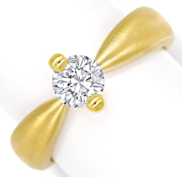Foto 2, Diamantring mit 0,66ct Brillant Solitär massiv Gelbgold, Q0531