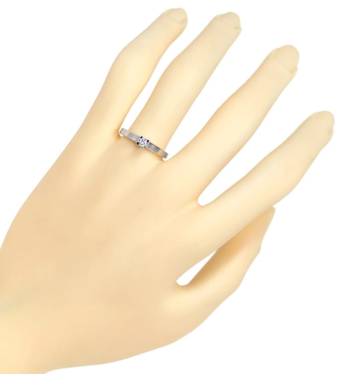 Foto 4, Diamantring mit Solitär Brillant 0,12ct in 14K Weißgold, Q1217