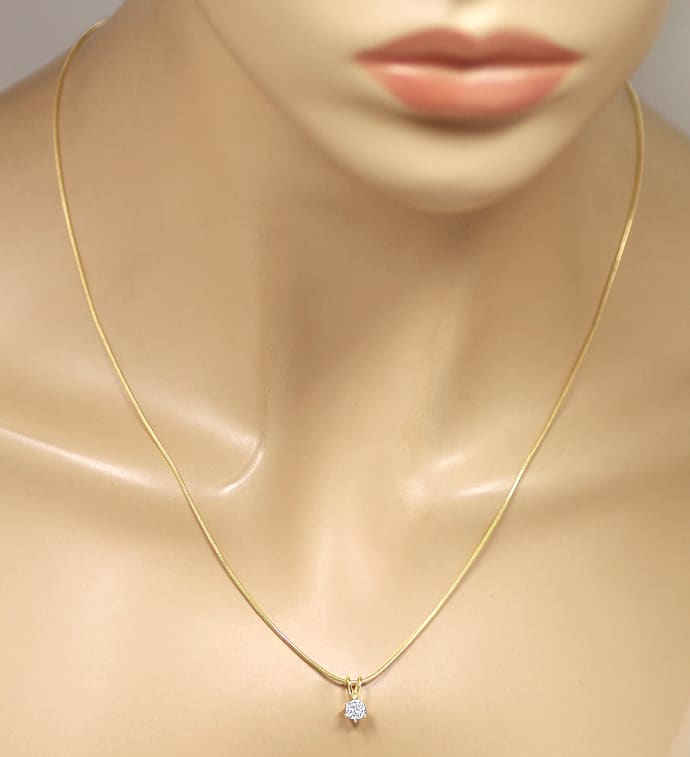 Foto 4, Gelbgold Collier mit 0,35ct Solitär Brillant in 18K, Q2408