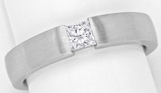 Foto 2, Princessdiamant Ring 18K 0,29 Princessdiamant Lupenrein, R1175