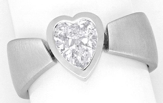 Foto 2, Herzdiamant Ring 0,94 Solitaer Handarbeit 18K Weissgold, R1374
