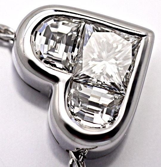 Foto 5, Bulgari Bvlgari Kollier Diamant Princess Half Moon Herz, R1730