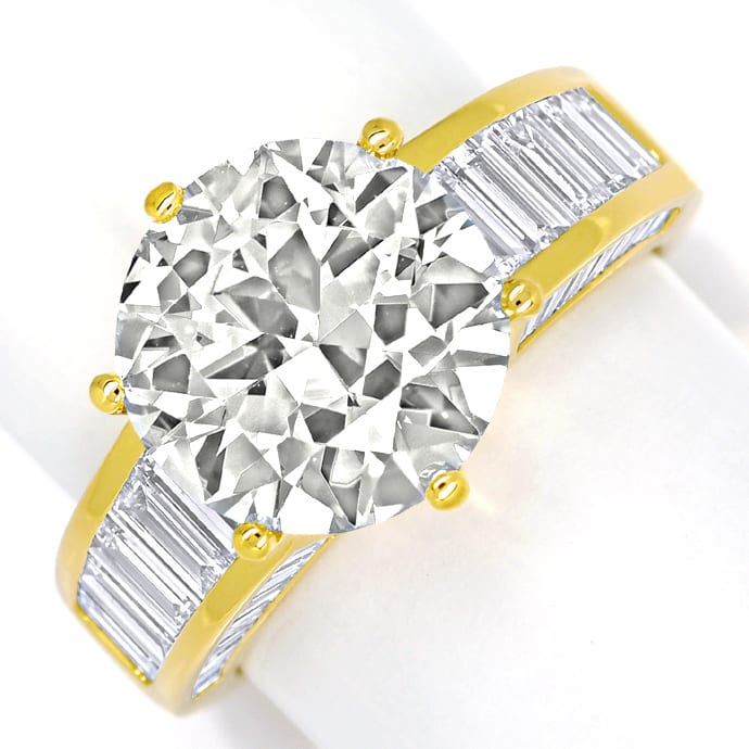 Ring 5,3ct Brillant Solitär und 2,38ct Diamantbaguetten, Designer Ring
