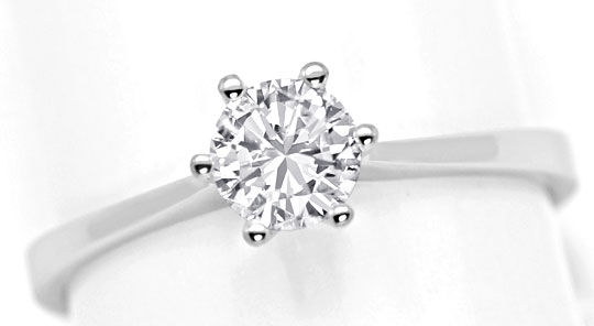 Foto 2, Brilliant Ring 0,47ct Top Wesselton F Lupenrein HRD 18K, R5687