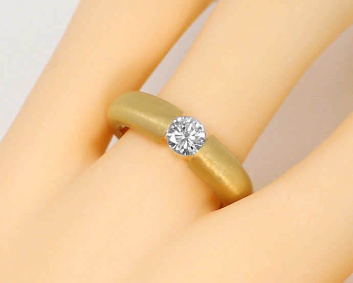 Foto 5, Massiver Gelbgold-Spannring mit 0,48ct Brilliant in 18K, R7210
