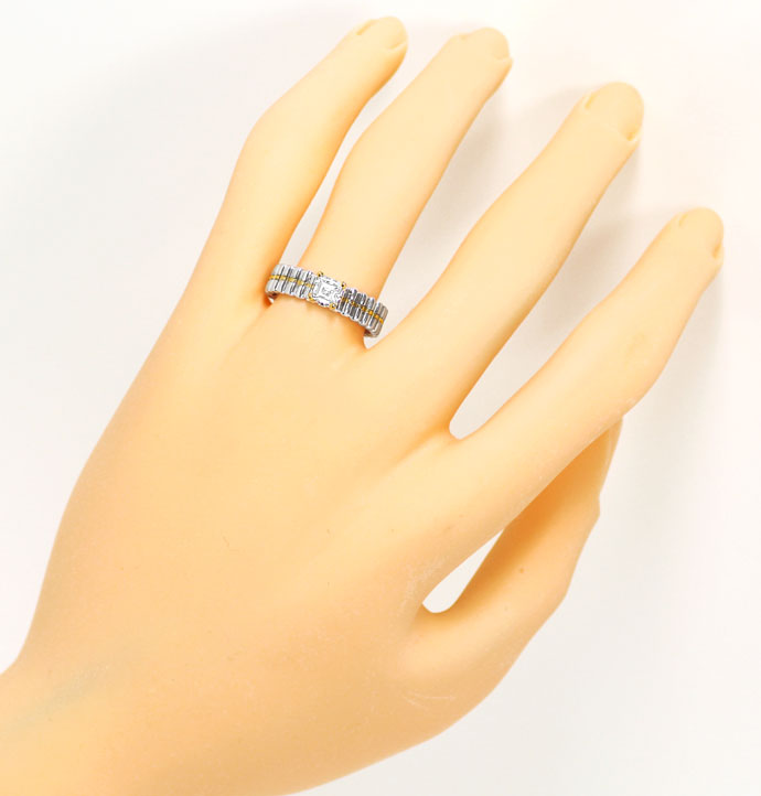 Foto 4, Designer Ring mit 0,36 ct Diamant Carree in 18K Bicolor, R7389