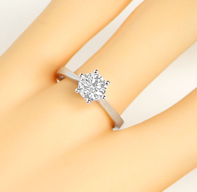 Foto 5, Brillant-Solitaer-Ring 1,05ct Top Wesselton F Lupenrein, R7483