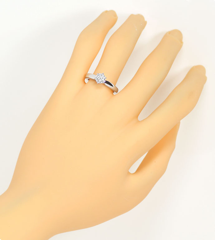 Foto 4 - Brillant 0,71ct Lupenrein Top Wesselton in Weißgoldring, R7565