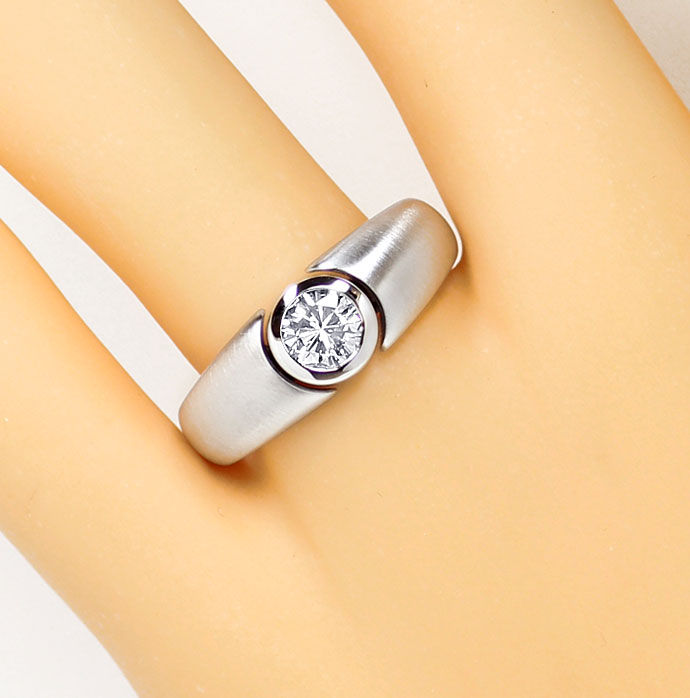 Foto 5, Diamantring mit 0,50ct Brillant in Zarge, 18K Weissgold, R7619