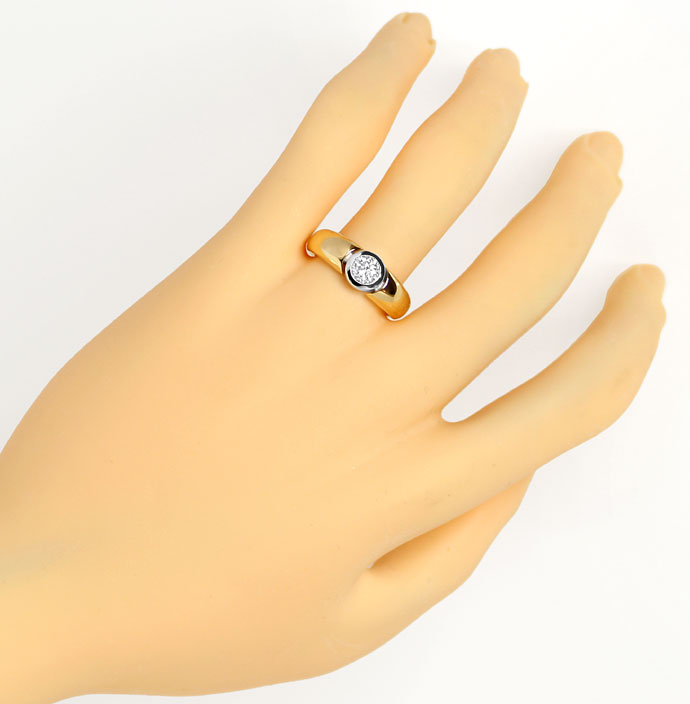 Foto 4, Diamantring 0,60ct lupenreiner Brilliant in 18K Bicolor, R7954