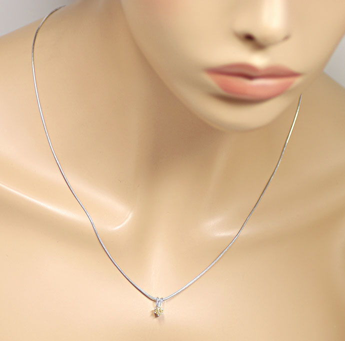Foto 4 - Feines Kollier mit 0,23ct Brilliant in hellem Goldbraun, R9745