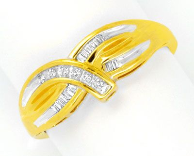 Foto 1, Eleganter Bicolor Diamant Ring, Diamanten und Baguetten, S0169
