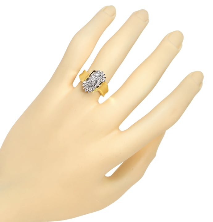 Foto 4, Dekorativer Diamantenring mit 0,52ct Brillanten in Gold, S1761