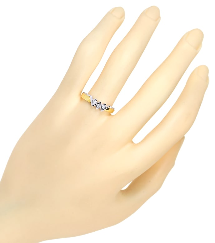 Foto 4 - Zickzack Diamantring mit 0,08ct Brillanten 18K Gold, S2220