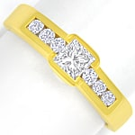 Eleganter Goldring mit Princess Diamant und Brillanten