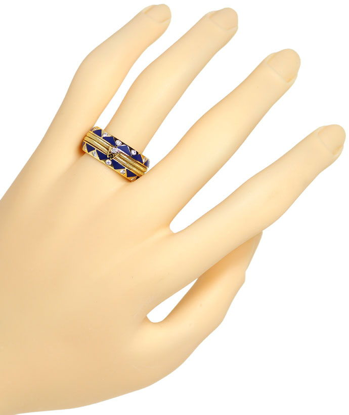 Foto 4, Wellendorff Emaille Ring Blau mit 0,56ct Brillanten 18K, S2685