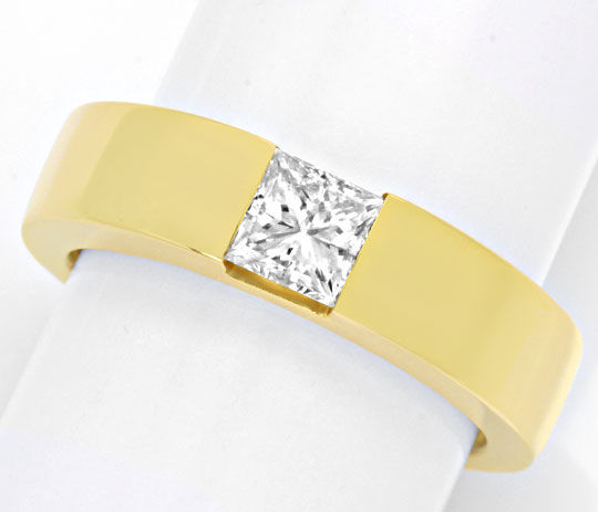 Foto 2, Ring mit 0,8ct Princess Diamant 18K Gelbgold Luxus! Neu, S4204