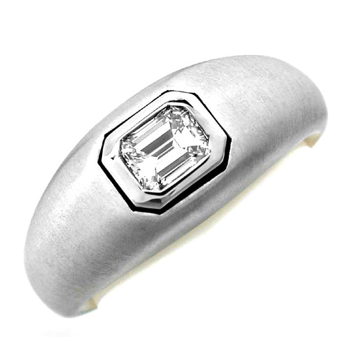 Emerald Cut Diamant Ring, Tw Plus Lupenrein Luxus! Neu!, Designer Ring