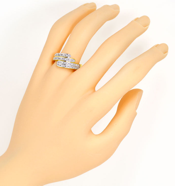 Foto 4, Moderner Gold Ring mit 0,22ct Diamanten River Lupenrein, S9198