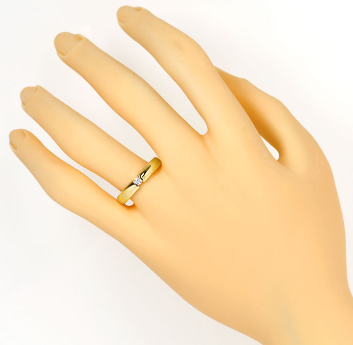 Foto 4, Schicker Spannring mit 0,07ct Brilliant in 14k Gelbgold, S9296