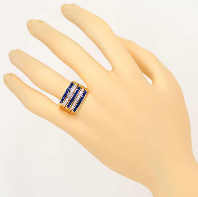 Foto 4 - Breiter Goldring 2,27ct Safir Carrees, 16 Diamanten 18K, S9312