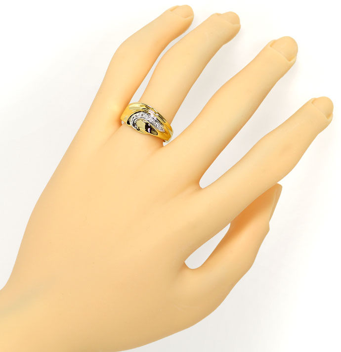 Foto 4, Modischer Diamantring 0,05ct Brillianten in 18K Bicolor, S9410