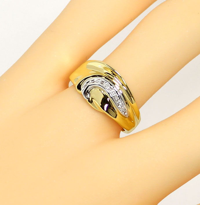 Foto 5, Modischer Diamantring 0,05ct Brillianten in 18K Bicolor, S9410