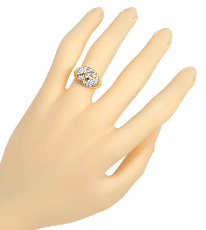 Foto 4 - Massiver Goldring mit 0,45ct Brillianten in 18K Bicolor, S9706