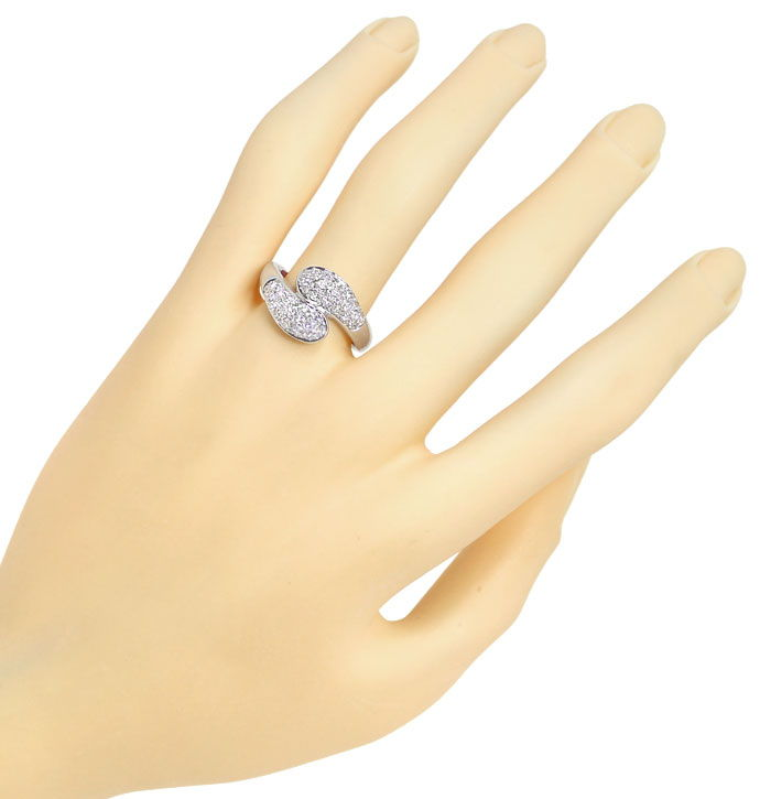 Foto 4, Diamantring mit 0,90ct River Diamanten in 18K Weissgold, S9982