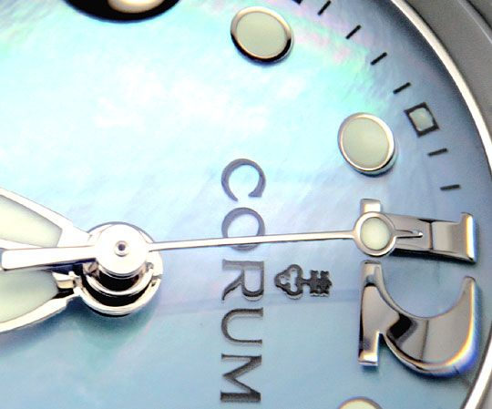 Foto 3, Corum Bubble Medium Hellblau Perlmutt, Stahl Ungetragen, U1482