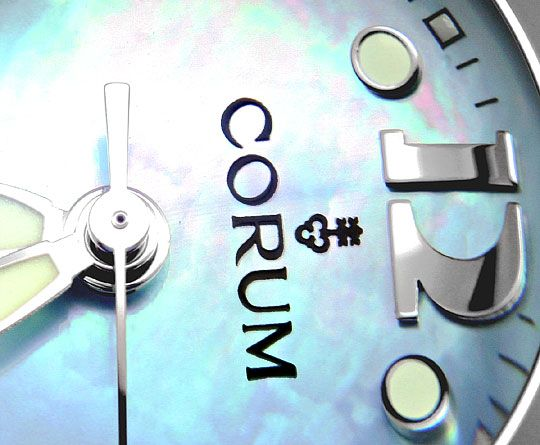 Foto 3, Corum Bubble Medium Perlmutt Hellblau, Stahl Ungetragen, U1501