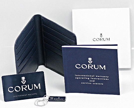 Foto 8 - Corum Bubble Medium Perlmutt Hellblau, Stahl Ungetragen, U1501