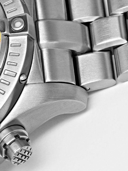 Foto 4, Breitling Aeromarine Chrono Avenger M1 Titan Ungetragen, U1631