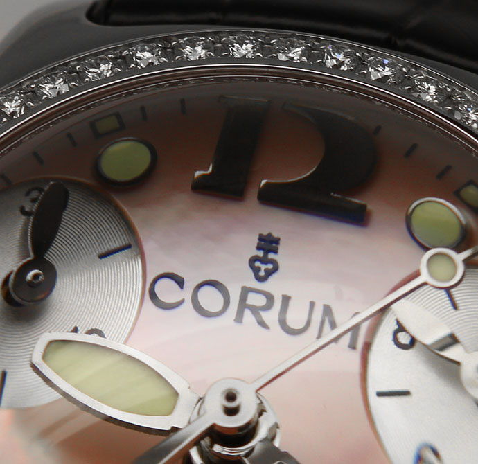 Foto 3 - Brillanten Corum Bubble Chronograph Damen rosa Perlmutt, U2526