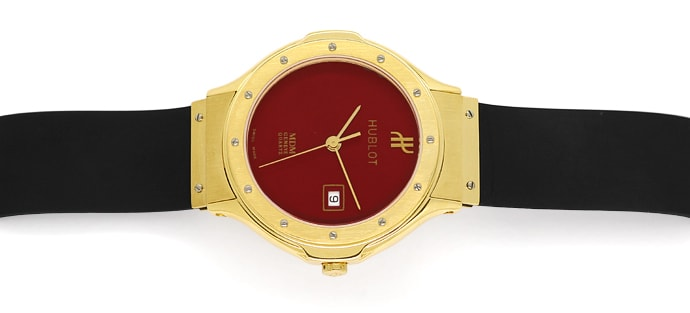 Foto 1, Hublot Classic 32mm Medium Armbanduhr in Gold Kautschuk, U2577