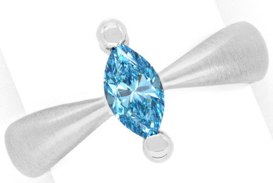 Diamantring Handarbeit, blauer Diamant fancy blue diamond treated