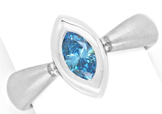 Diamant-Ring, blauer Diamant Navette Schliff fancy blue